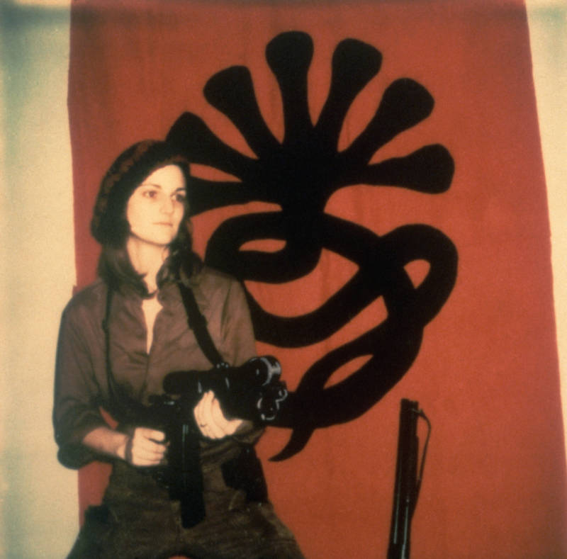 pattyhearstgun.jpg