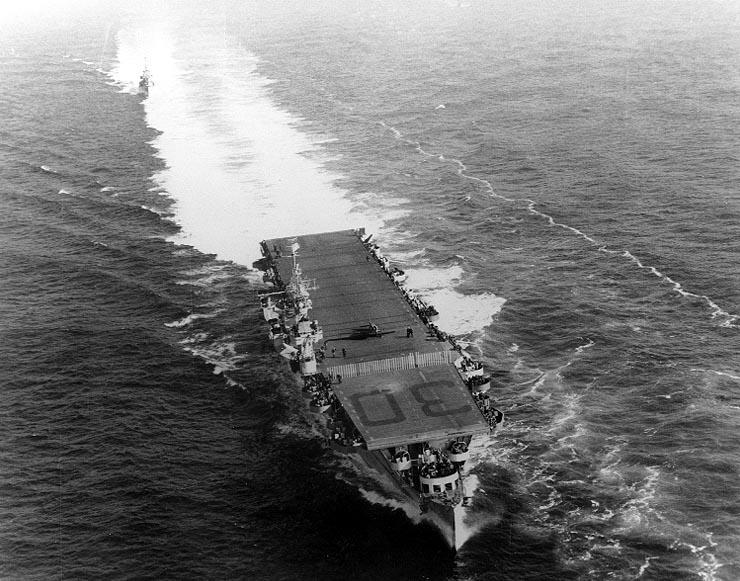 USS San Jacinto CVL30.jpg