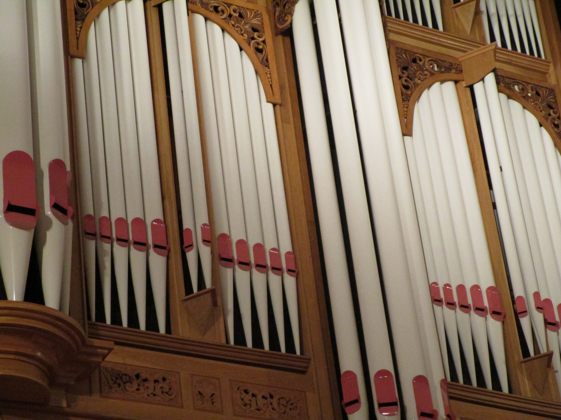 pipeorganfront1526840228guc.jpg
